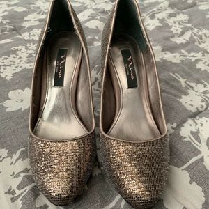 Nina New York High Heels Glitter Gold, Size 8